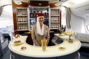 Emirates-A380-Bar-2-600x400