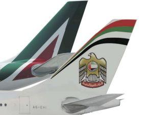 Alitalia-Etihad-trattativa-quasi-conclusa-tra-le-proteste-di-Lufthansa